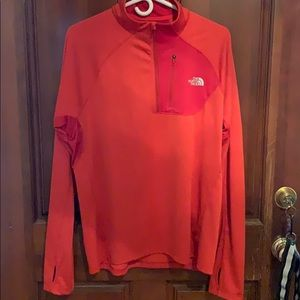 The North Face Quarter Zip Pullover Large